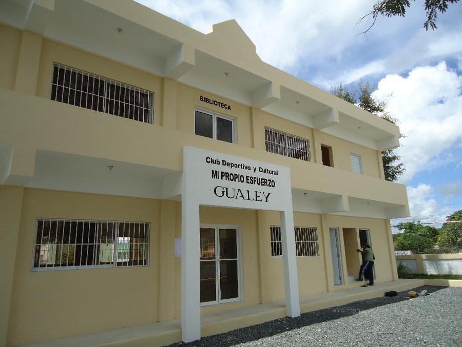 Hato Mayor – Construcción Salón Multiuso, Biblioteca y reparación de Cancha Mixta