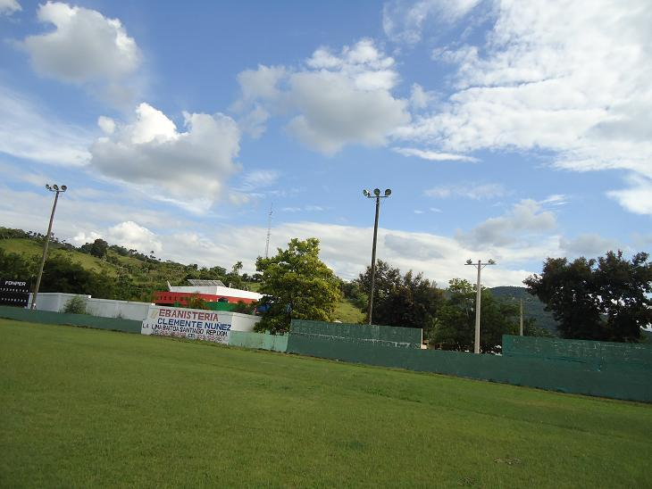 Electrificación e Iluminación del Play de Softball, ubicado en Baitoa, Santiago de los Caballeros