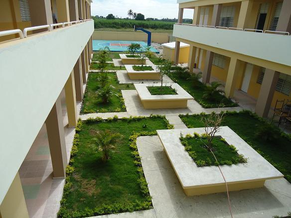Bahoruco – Construcción Liceo de Educación Media Francisco del Rosario Sánchez, Batey 6.