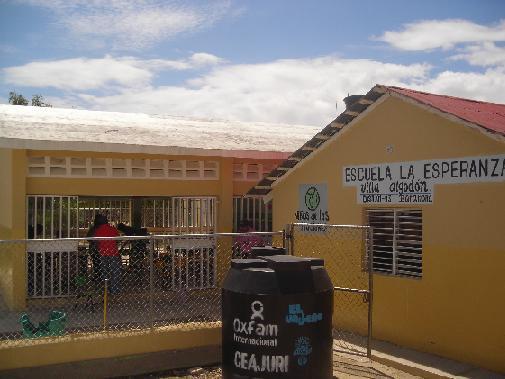 Barahona – Aula Preescolar en el batey Los Algodones y una Cancha Mixta en el batey La Altagracia