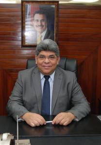 Fernando Rosa ve atinada decisión presidente Medina promover Carta Magna en las escuelas